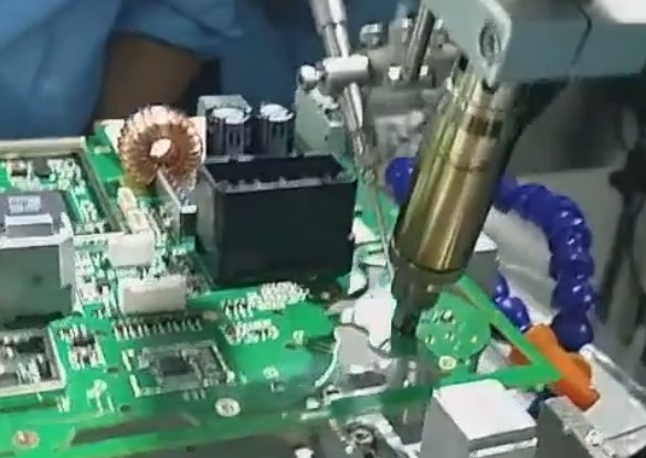 四轴焊汽车电子...